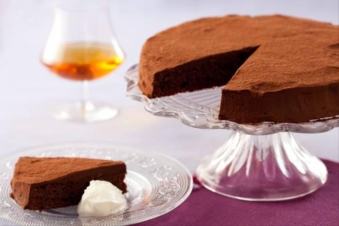 Gateau au chocolat au madere creme vanillee